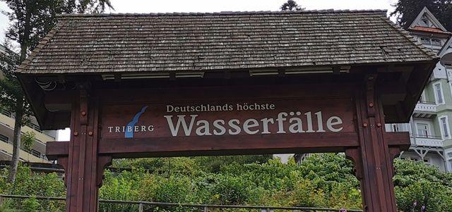Triberger Wasserfälle Eingangsschild