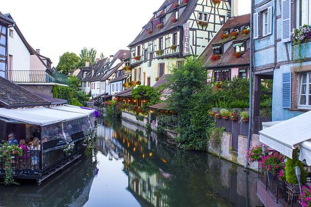 Restaurants in Colmar direkt am Kanal. Essen auf dem Wasser.
